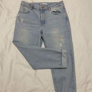 Mom Jeans - Zara - size 8 US